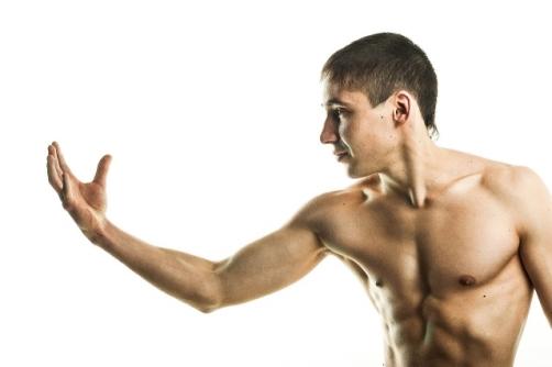 100kg挙げるには筋力か筋量か持久力か? 男性